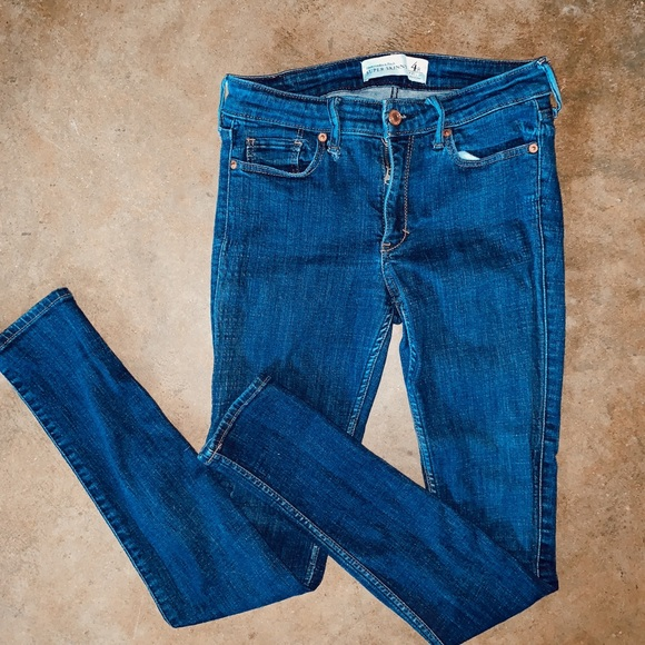 Abercrombie & Fitch Denim - Like new Abercrombie jeans